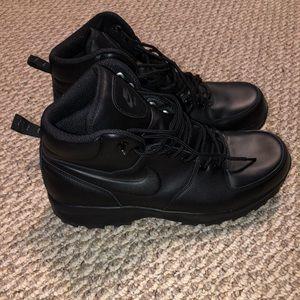 Black Nike Boots Size 13